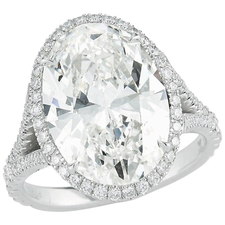 Kwiat 6.10 carat Oval-Cut Diamond Ring
