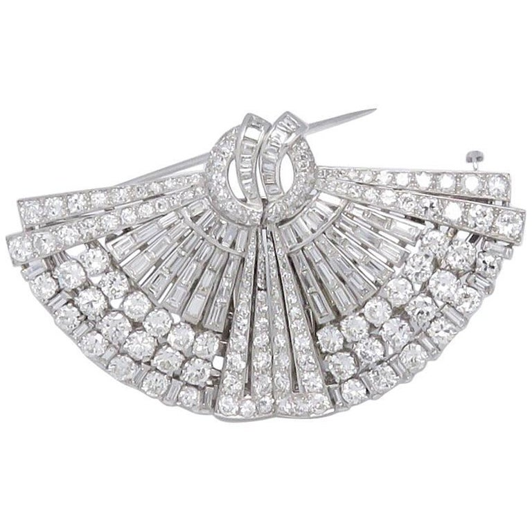 1930s Drayson Diamond Platinum Double Clip Brooch