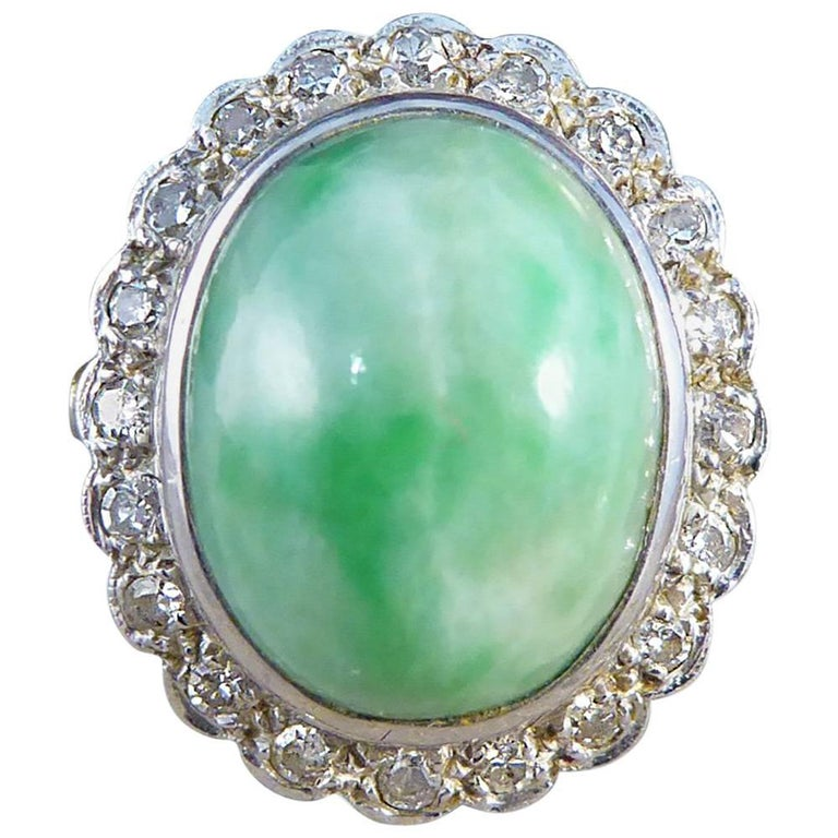 Diamond and Jade Vintage Cluster Ring in 18 Carat Gold, 1970s
