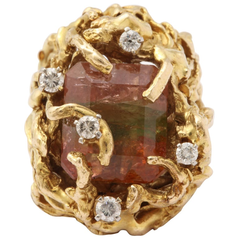 1970s Handcrafted Large Watermelon Tourmaline and Sculptured Gold Cocktail Ring