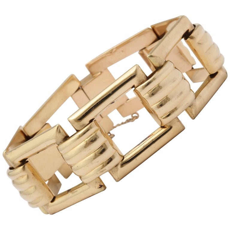Tiffany & Co. Retro 1940s Classic High Polish Ridged Gold Square Link Bracelet
