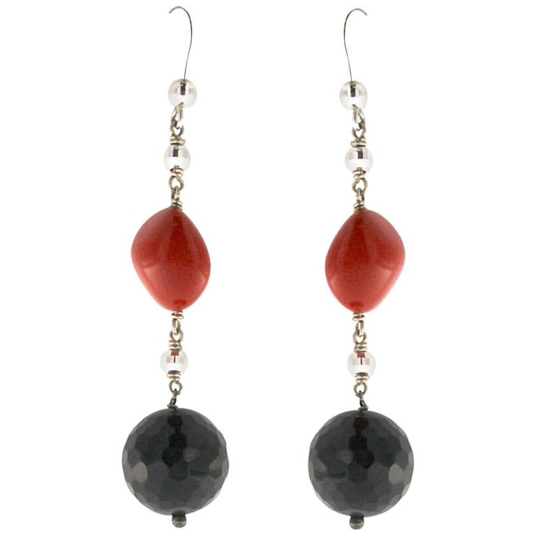 Red Coral and Onyx White Gold Earrings