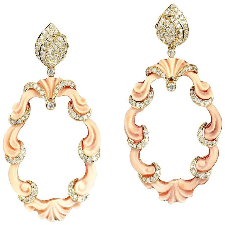 Cameo Earring with Diamonds