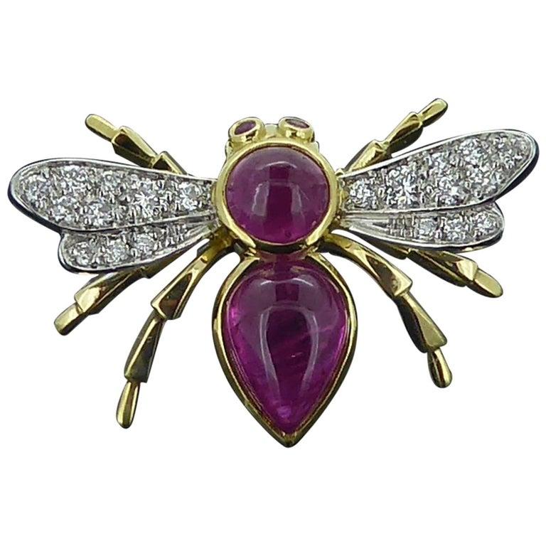 Antique Style Bee Brooch Pin, 1.56 Carat Rubies, Diamond Wings, 18 Carat Gold