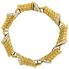 1970s Italian Gold and Diamond Fluted Oblong Link Bracelet