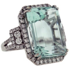 Aquamarine Ring with Diamonds White Gold