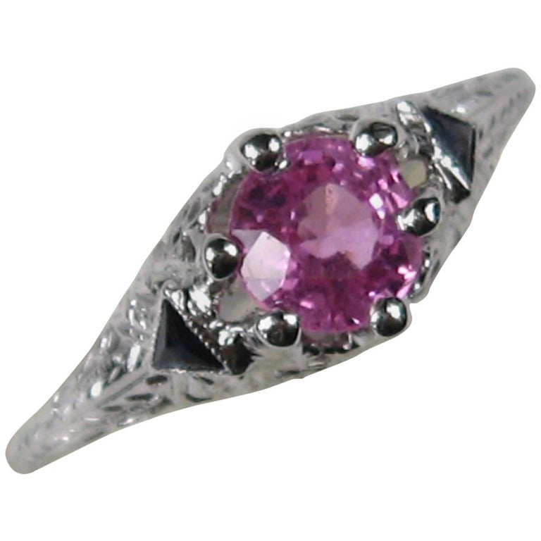 1920s Natural Pink and Natural Blue Sapphire Filigree Gold Ring