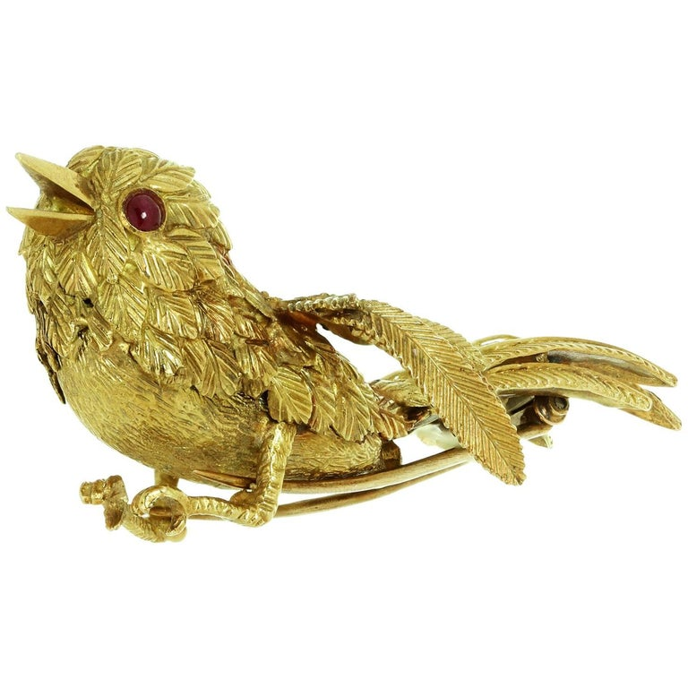 Van Cleef & Arpels Bird of Paradise Ruby Yellow Gold 1950s Brooch For Sale