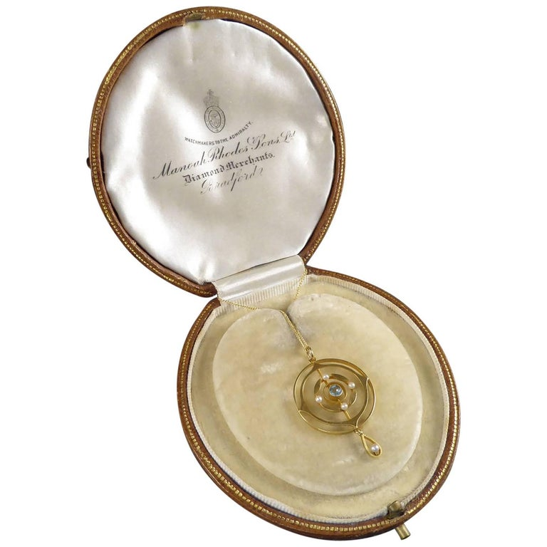 Art Nouveau Antique Aquamarine and Pearl Pendant, Edwardian, 15 Carat Gold