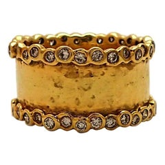 Ippolita 18 Karat Yellow Gold and Diamond Hammered Ring