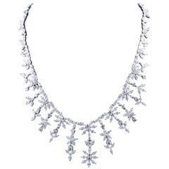 Gorgeous 28.10 Carat Diamond Necklace