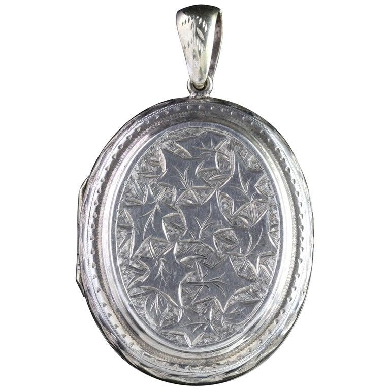 Antique Victorian Silver Ivy Locket, circa 1880
