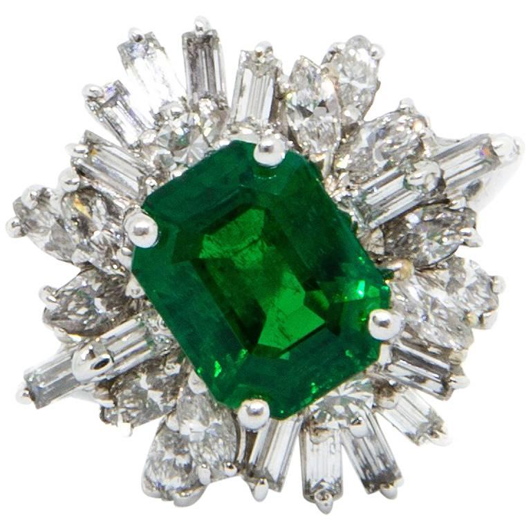 Certified Natural Emerald and Diamond Cluster Ring Set in 18 Carat White Gold