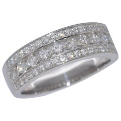 Brilliant Diamonds 0.88 Carat White Gold Ring