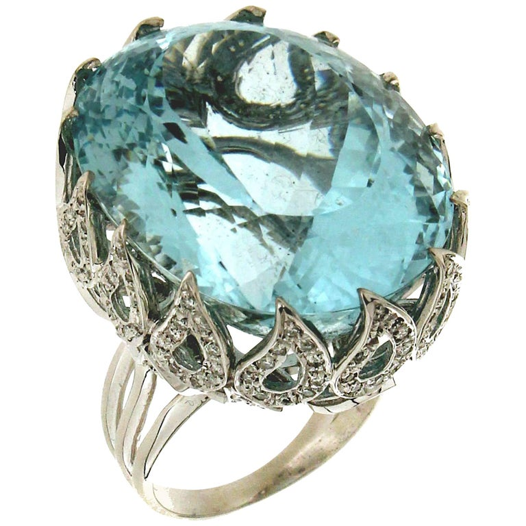 Brazilian Aquamarine White Gold Diamonds Cocktail Ring