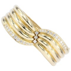Retro Yellow Gold Diamond Bangle Bracelet