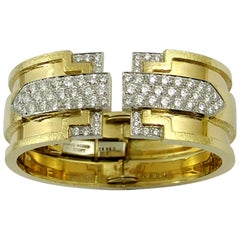 Geometric David Webb Hammer Finished Bracelet in Gold and Platinum with Diamond