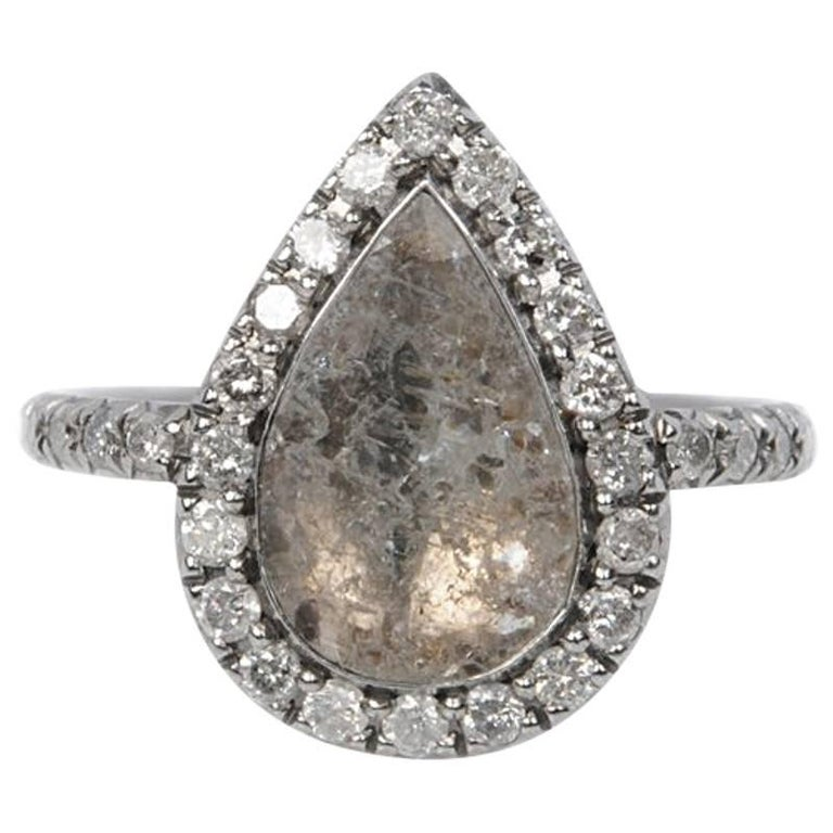 18 carat white gold pear shaped grey slice