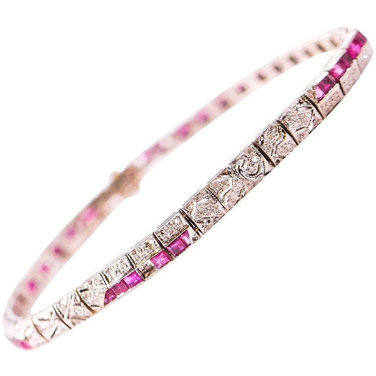 1920s 1 Carat Diamond and Ruby, Platinum and 18K Gold Bracelet