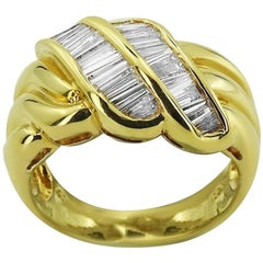 Yellow Gold with Baguette Cut 0.95 ct Diamonds Ring