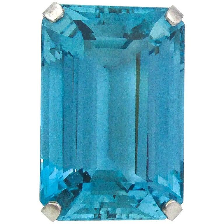 Stunning 45,50 Carat Rare Santa Maria Blue Color Aquamarine Retro Platinum Ring