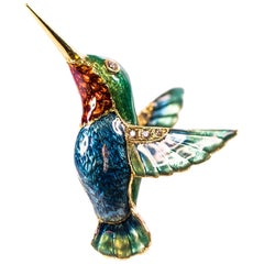 1980s Diamond and Enamel 18 Karat Yellow Gold Hummingbird Pendant