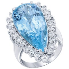 14.77 Carat Aquamarine Diamond Cocktail White Gold Ring
