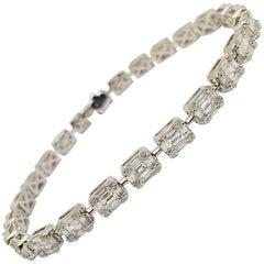 18 Karat White Gold Dramatic Diamond Bracelet
