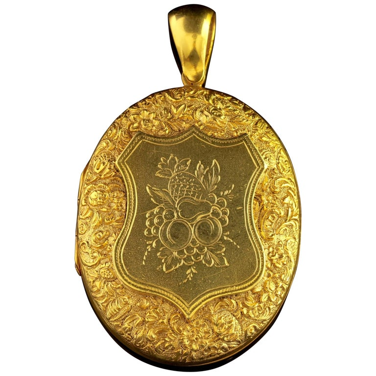 Antique Victorian Large 18 Carat Gold Silver Fruit Locket, circa 1880