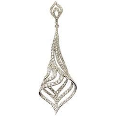 18 Karat White Gold Dazzling Diamond Pendant