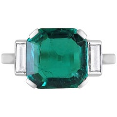 Fine Colombian 1.93 Carat Emerald and Diamond Ring