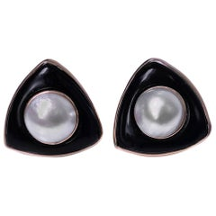 1970s Onyx Mabe Pearl Gold Earrings