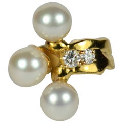1980s Jean Mahie Diamond, Pearl, Yellow Gold Pinky Ring