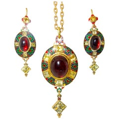 Antique Renaissance Revival Garnet and Enamel 18 Karat Suite, circa 1870