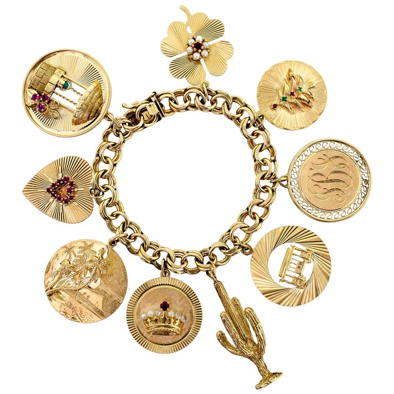 Midcentury Heavy Chunky 14 Karat Yellow Gold Charm Bracelet