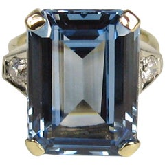 1940s Emerald Cut 15 Carat Blue Topaz Diamond Gold Ring