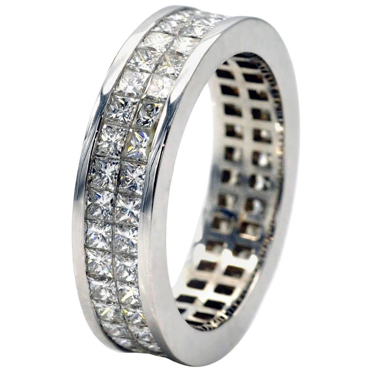 Invisible-Set Princess-Cut Diamond White Gold Wedding Ring