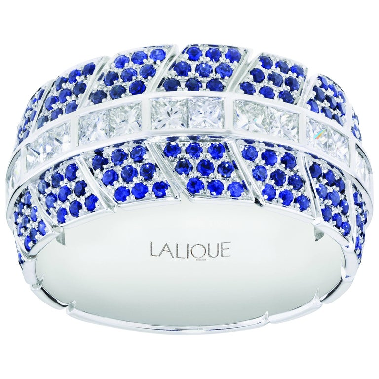 Éros Diamond and Sapphire White Gold Wide Band Ring