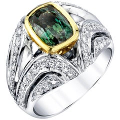 2.45 Carat Alexandrite Ring 18 Karat White Gold and Diamonds