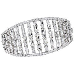 Baguette and Round Brilliant Diamond Wide Bangle