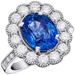 Hermine White Gold Sapphire Ring