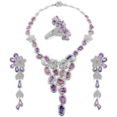 IGI White Gold Fancy Pink and Purple Sapphire 83.30 ct and Diamonds Set