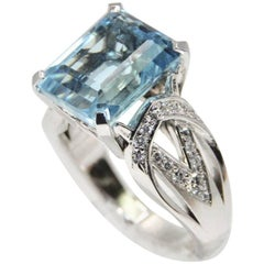 Modern Aquamarine Art Deco Style Geometric Design Ring