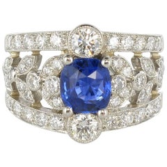 French Platinium 1.59 Cushion Cut Sapphire 1.37 Carat Diamond Rring