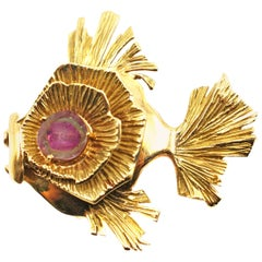 Gubelin Yellow Gold and Watermelon Tourmaline Fish Brooch