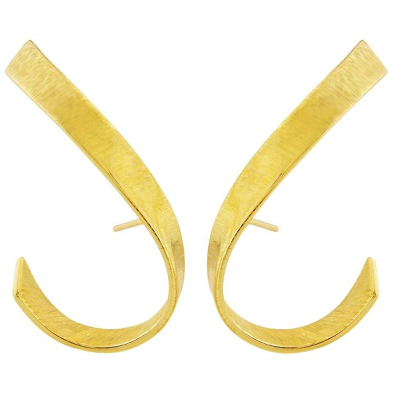 Liv Luttrell Twist Silk Engraved 18 Karat Yellow Gold Stud Earrings