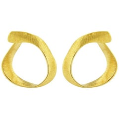 Liv Luttrell Twist Hoop Silk Engraved Yellow Gold Earrings