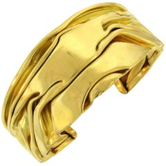 French 1970s Yellow Gold Bangle Bracelet