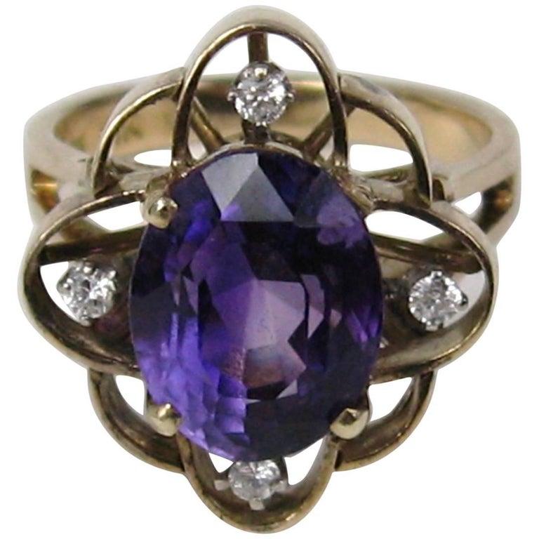 1940s Amethyst Diamond Gold Ring