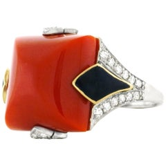 Art Deco Coral, Diamond and Enamel Gold Ring